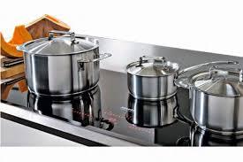 Thiết kế dày dặn, lớp tỏa nhiệt đều, giúp nấu ăn ngon, giữ nhiệt tốt