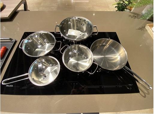 Bộ nồi SA-1503 có 9 món cao cấp chất liệu inox.